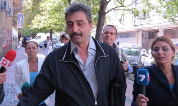 Цветан Василев си купува влияние в Сърбия?