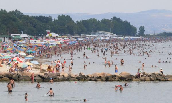 Август идва сух и горещ. Температурите стигат до 39°C