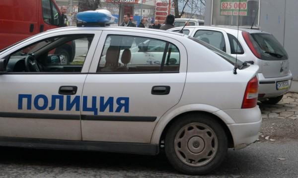 Граничари спипаха 60 нелегални сирийци край Свиленград