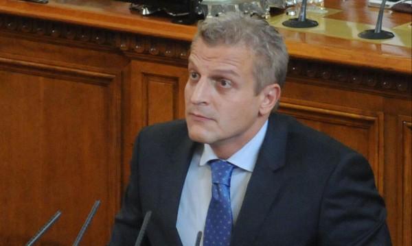 Москов отне лиценза на частна болница, източвала НЗОК