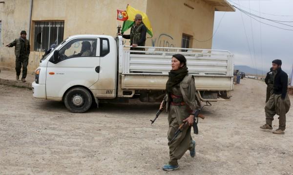 Вечно воюващите кюрди: Оръжие ни е планината!