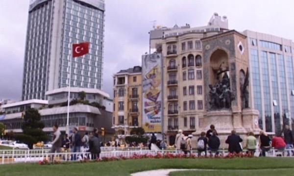 Турция върви към предсрочен вот