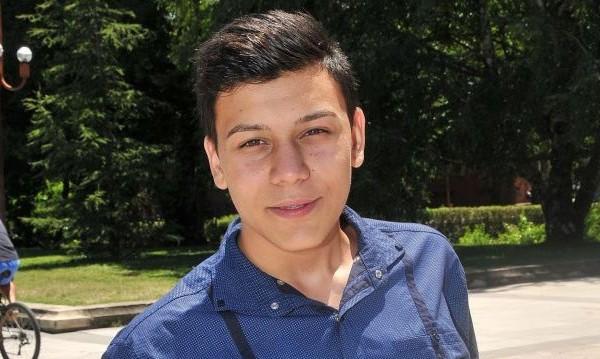 10 бона за 15-годишния Марсело да учи в Кеймбридж