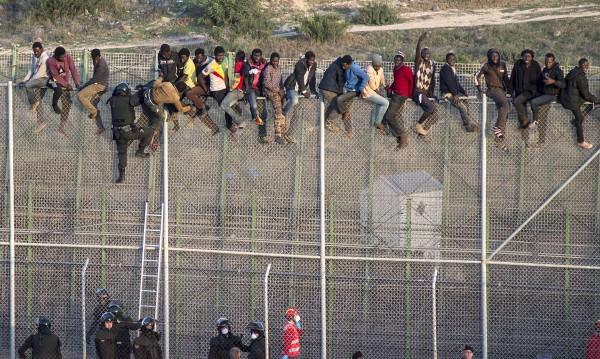 Спипаха четирима за трафик на мигранти с джетове в Испания