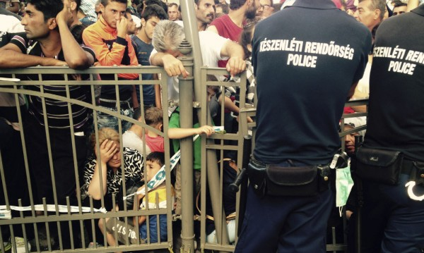 Отвориха гарата в Будапеща, мигранти обаче не се допускат