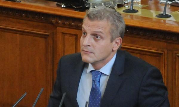 Москов недоволен, не хареса промените в закона