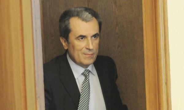 Орешарски: Местан и Станишев предложиха Пеевски за ДАНС