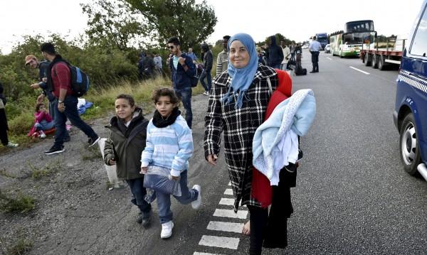Дания огласи с обява, че затяга режима за бежанците