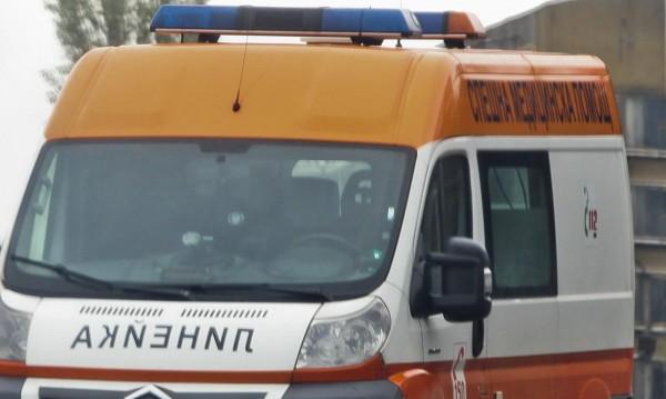 Жена пострада при ПТП с три коли край Сандански