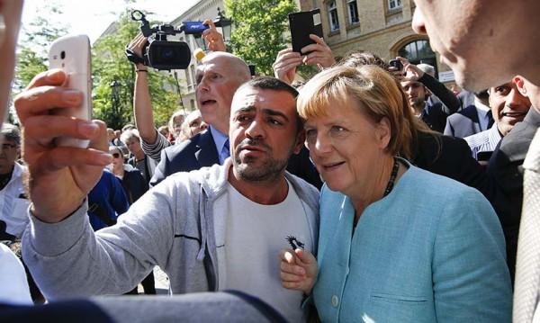 Меркел сбърка с поканата си към мигрантите