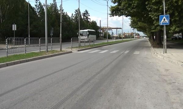 Микробус уби възрастен мъж на пешеходна пътека