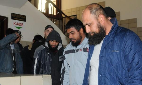 Пак върнаха делото за имамите в Пазарджик