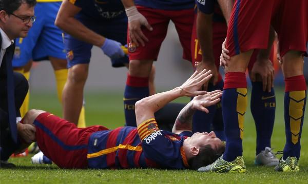 Барселона изнемогва в ШЛ без Меси
