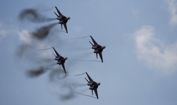 Руски самолети нанесоха днес 30 въздушни удара в Сирия