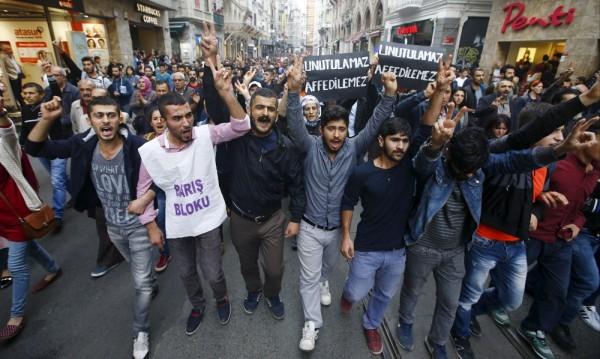 97 са вече жертвите на взривовете в Анкара