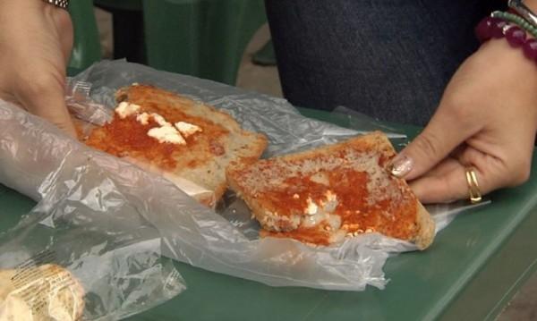 Кисела лютеница и безвкусно сирене – храната на децата