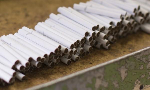 Разбиха склад за нелегални цигари в Русе