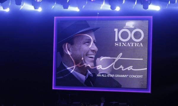 100 г. Синатра – Мерцедесът в шоуто и сред мъжете