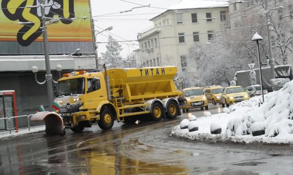 Снегът нямало да изненада Фандъкова