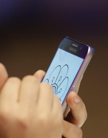 Оглушаваме при ползването на смартфон и таблет