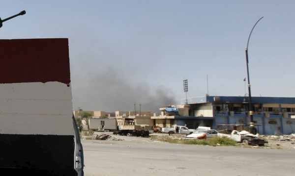 Атентатори самоубийци от ИД атакуваха база край Тикрит