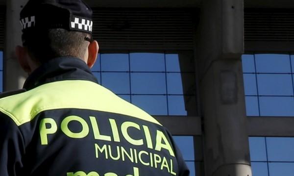Другар в беда не се оставя... Питайте крадците в Барселона!