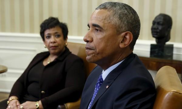 Обама със серия от укази срещу огнестрелните оръжия