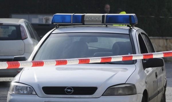 Нападнаха момиче заради мобилен телефон