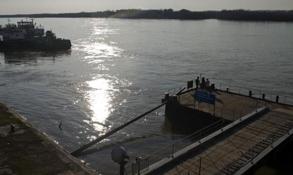 Молдовски кораб заседна в Дунав