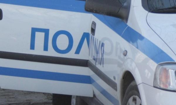 30-годишен загина, кола се заби в стълб в Кърджали