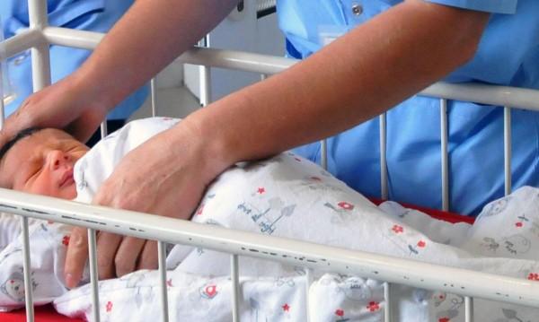 """Добри новини от """"Майчин дом"""" – 100 бебета за 8 дни"""