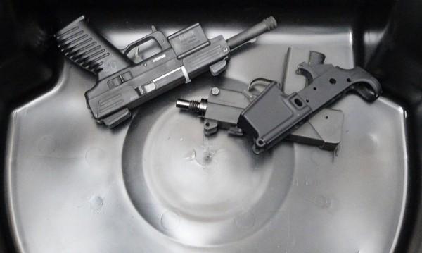 Необходимо ли е затягане на контрола върху оръжията?