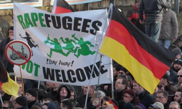 Броят на жалбите за нападения в Кьолн достигна 379