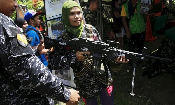 Ислямски екстремисти обявиха провинция на ИД във Филипините