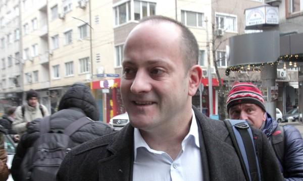 Опозиционният Радан не иска отлюспения Местан в политиката