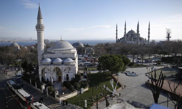"""Атентаторът в Истанбул – член на """"Ислямска държава"""""""