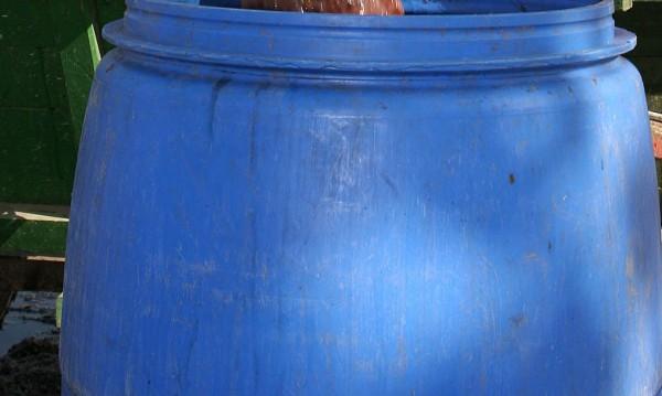 Спипаха пет бидона с ракия в айтоско село