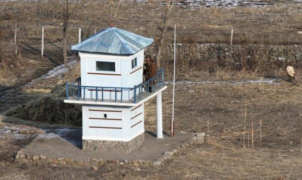 Предупредителни изстрели от Южна Корея прогониха дрон на КНДР