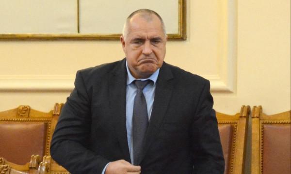 Плановете на Борисов: Тютюн за Китай, евтини визи за Русия