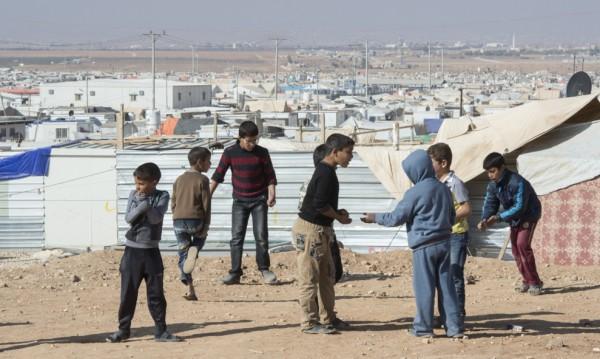 Съседните страни вече връщат сирийски бежанци