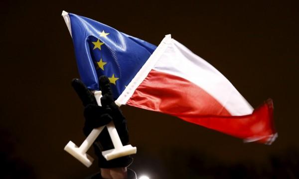 Брюксел с безпрецедентно разследване срещу Полша