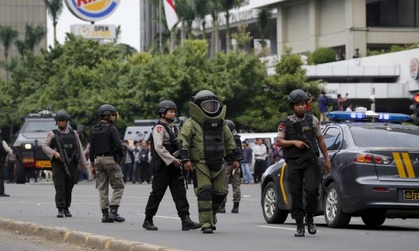 Ислямска държава е извършила нападенията в Джакарта