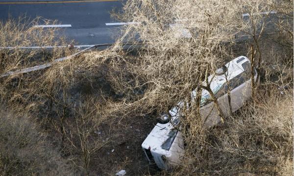 14 жертви на катастрофа с автобус в Япония