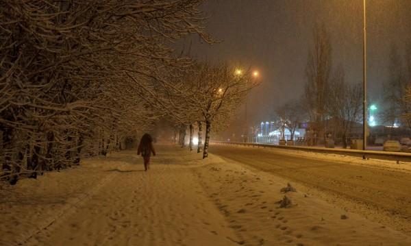 Оранжев код за снеговалеж в 8 области в страната