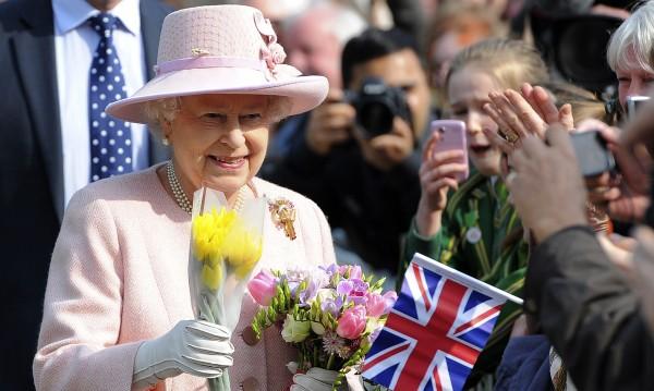 Билет по 200 евро за рождения ден на британската кралица