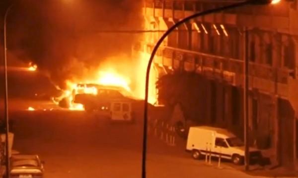 Ал Каида държи заложници в Буркина Фасо, уби шестима