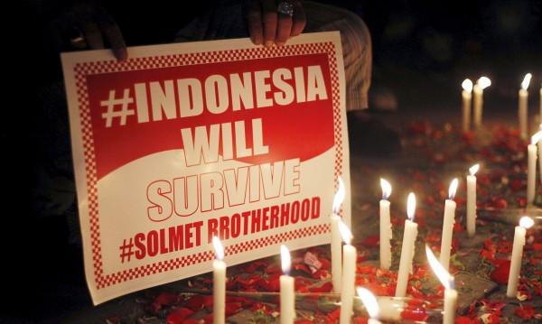 Арестуваха 12 души, свързани с нападението в Джакарта