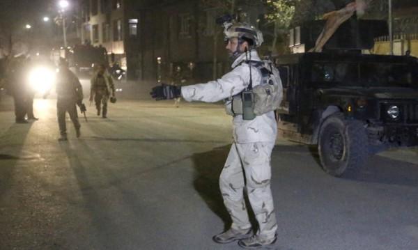 13 души загинаха при самоубийствен атентат в Афганистан