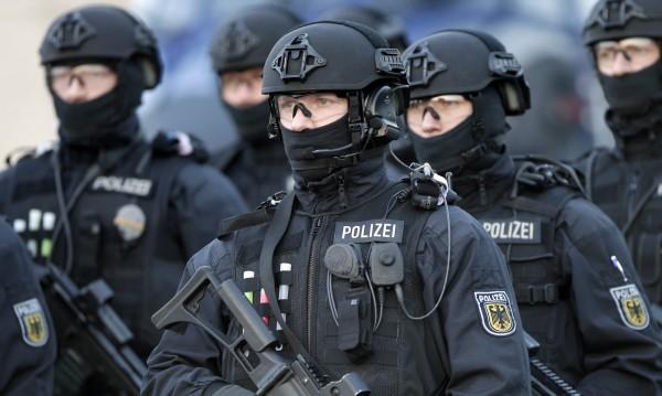 40 северноафриканци арестувани в Дюселдорф