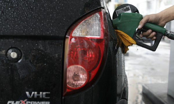 Дизел и бензин до 1,75 лв. за литър, но през март